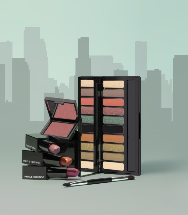 1_PROD_21_Fall_Product_GroupShot_withcity057
